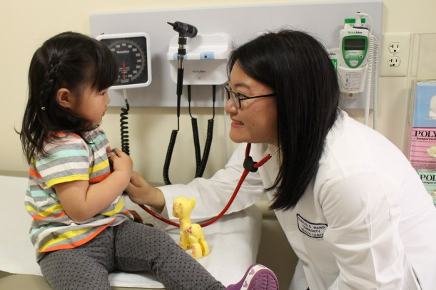 child peds checkup visit doctor office cute calm (2317)